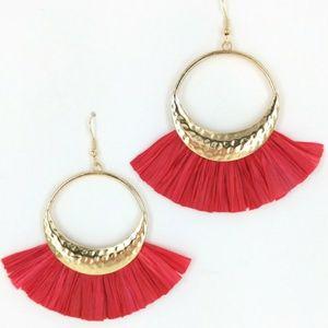 RED RAFFIA FASHION EARRINGS